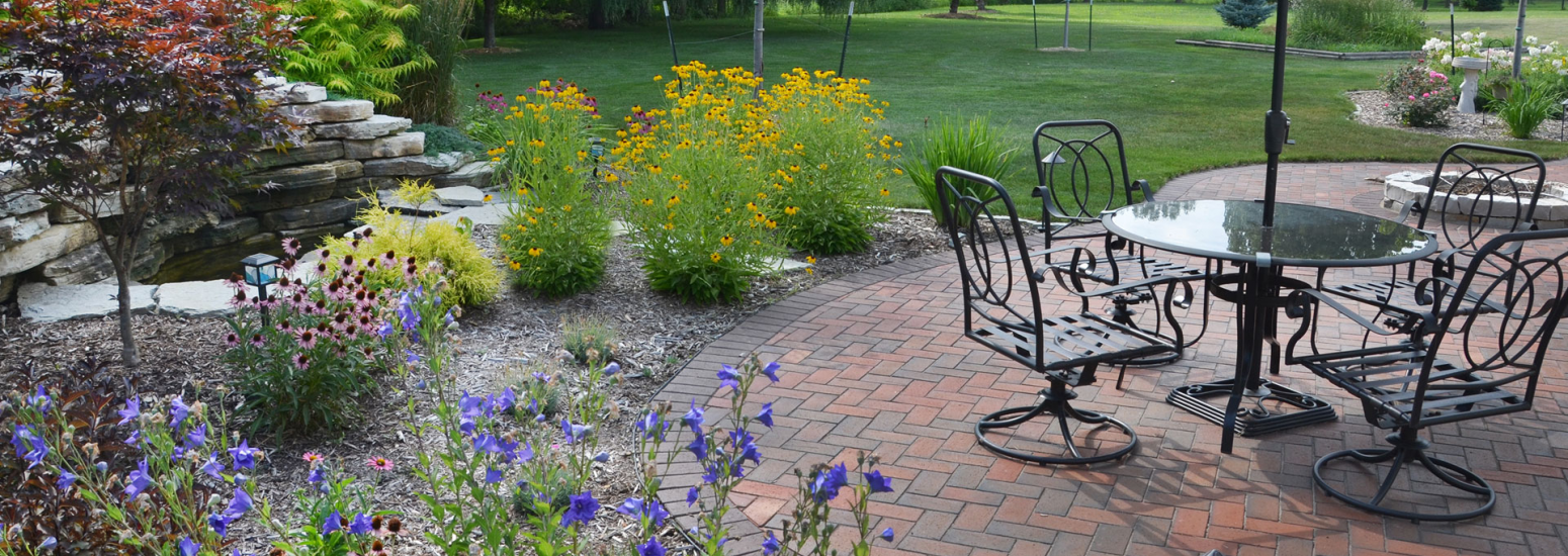 Schmalz Custom Landscaping & Garden Center, Inc